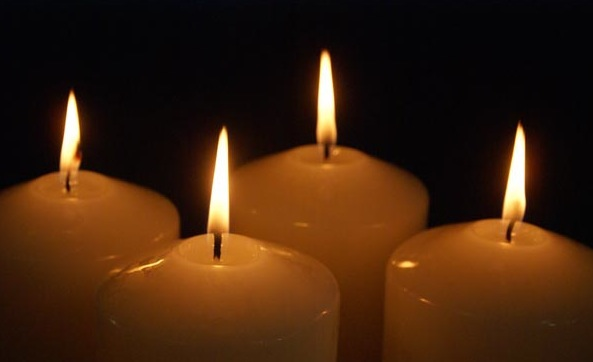 90_20_27---Four-Advent-Candles_web